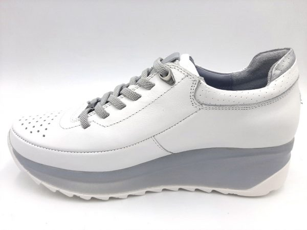 20210315 182228 Кросівки жіночі Mammamia модель 74/321