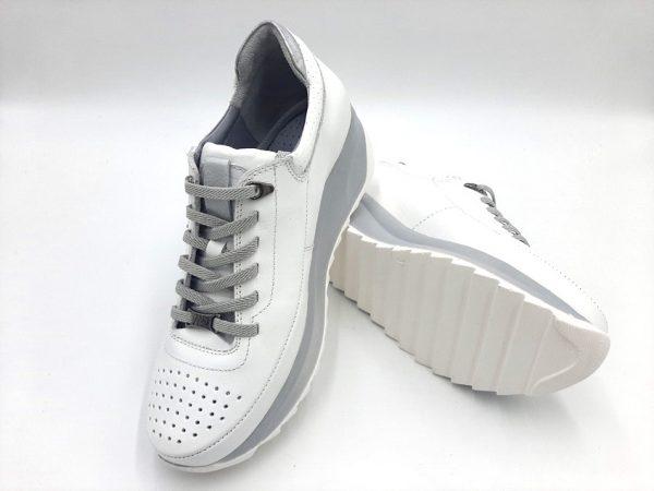 20210315 182254 Кросівки жіночі Mammamia модель 74/321