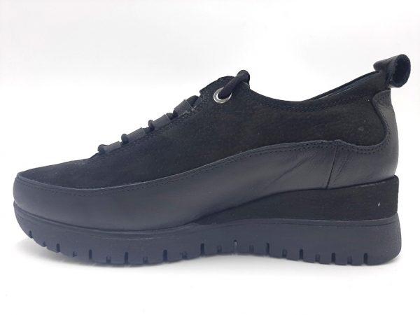 20210401 185004 Кросівки жіночі Mammamia модель 74/336