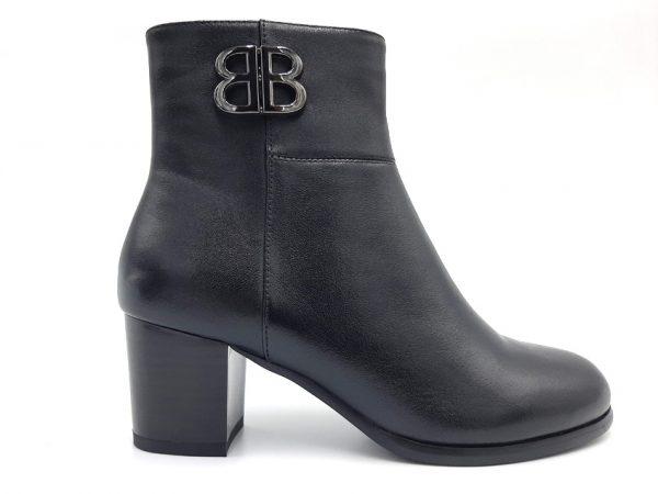 20210811 124356 Ботинки женские модель 444/19