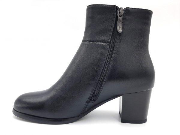 20210811 124404 Ботинки женские модель 444/19
