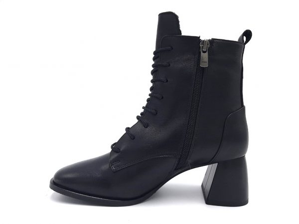 20210916 195901 Ботинки женские модель 96/166