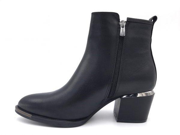 20210916 201001 Ботинки женские модель 281/41